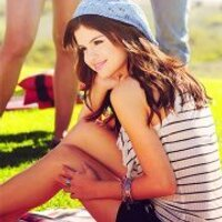 Flawless Gomez°° | Social Profile