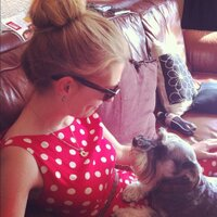Sarah Wakefield | Social Profile