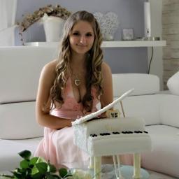 Kristina Holáňová