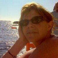Maggie Romuld | Social Profile