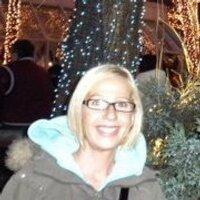 Lisa Cunningham-Gnys | Social Profile