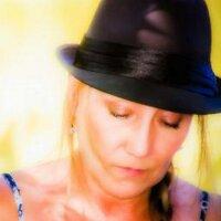 Shea Chambers | Social Profile