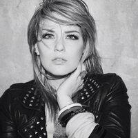 Lauren Barlow | Social Profile