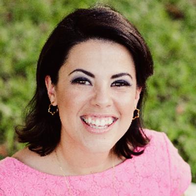 Elena Roscoe | Social Profile