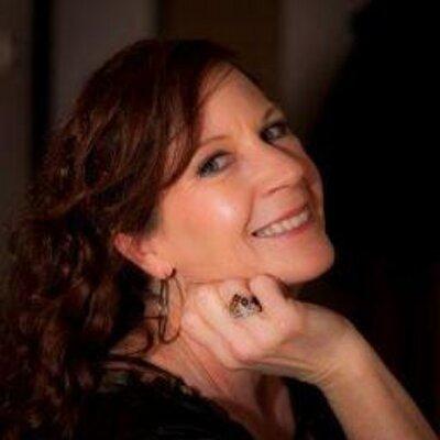 Lady Robin Budd | Social Profile