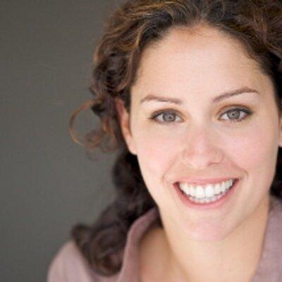 Pamela Radgowski | Social Profile