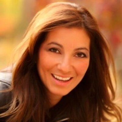 Angie Amador | Social Profile