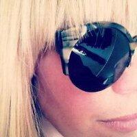 Joanna Riedl | Social Profile