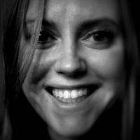Naomi Devine | Social Profile