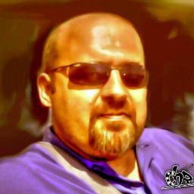 Francisco Exposito | Social Profile