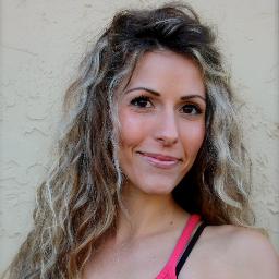 Sara Aldred Haine Social Profile