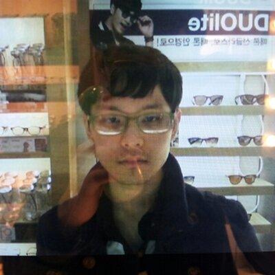 김영진 | Social Profile
