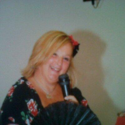 marialeYofui | Social Profile