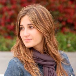 Irene Crespo Social Profile