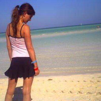 Clarisa | Social Profile