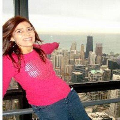 Diana Barrios   Social Profile