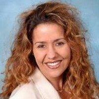 DanielleLeitch | Social Profile