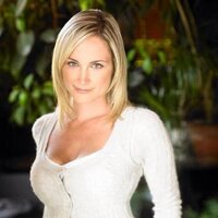 Robyn Palmer | Social Profile