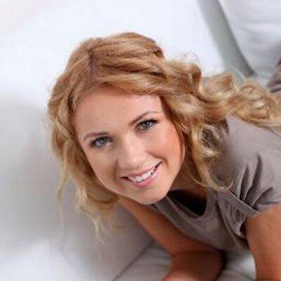 Scarlett Madison | Social Profile