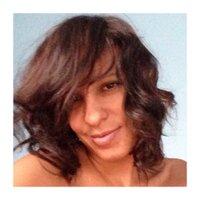 Evette, L | Social Profile