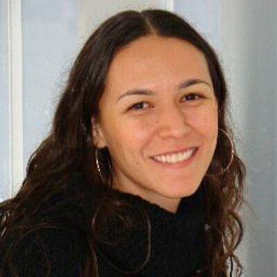 Edilaine Guimarães | Social Profile