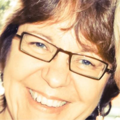 Liz Ruest | Social Profile