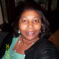 Evelyn Bell | Social Profile