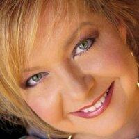 Sheri Easter | Social Profile