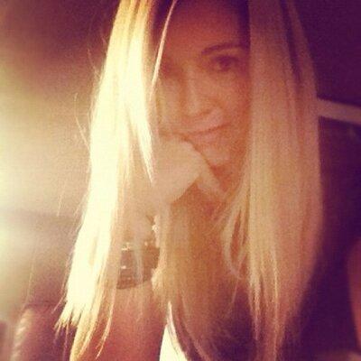 Emily Scarlett | Social Profile
