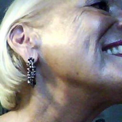 Janet Fortunato | Social Profile