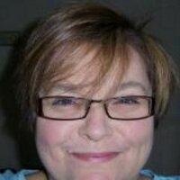 Linda Waw   Social Profile
