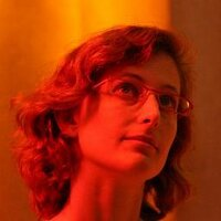 Naomi Karmi | Social Profile