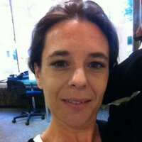 Anne B | Social Profile