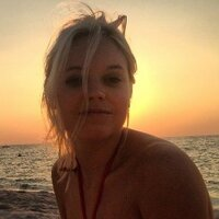 Lenneke Briët | Social Profile
