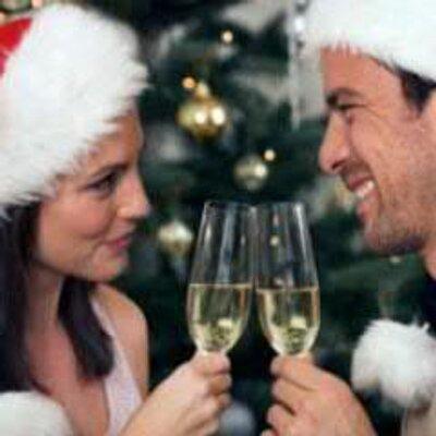 Где и с кем встретить новый год одинокому мужчине