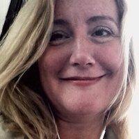Felicity Lowde | Social Profile