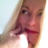 Vicky Bennett | Social Profile
