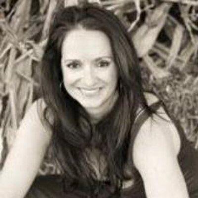 Alexandra Gibson | Social Profile