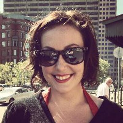 Mandi Bateson   Social Profile