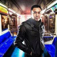 Yhun Suarez | Social Profile