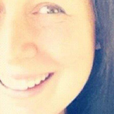 Elisa C | Social Profile