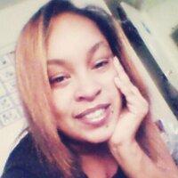 Victoria Flores   Social Profile