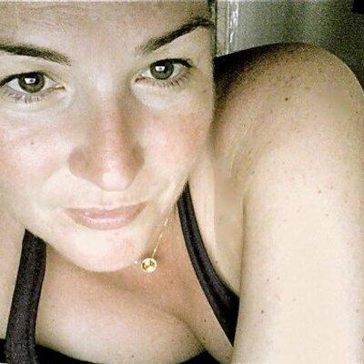Amy Cheapho   Social Profile