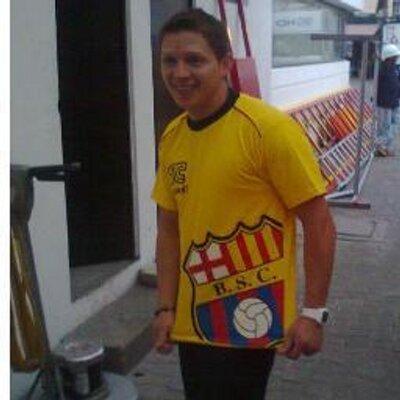 JC fans Ecuador | Social Profile