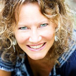 Esther Jacobs Social Profile