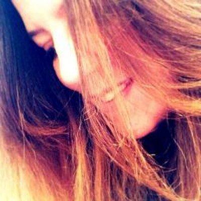BeautifullyInvisible | Social Profile