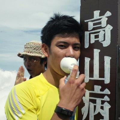 松t | Social Profile