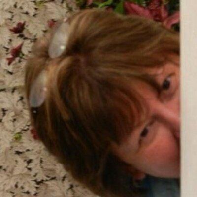 Sue Norfleet   Social Profile