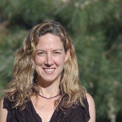 Melanie Warner | Social Profile