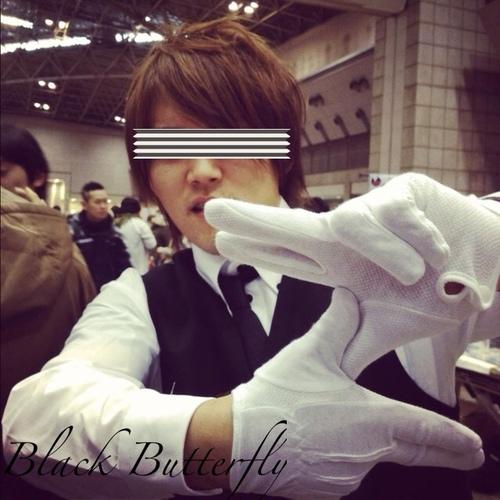 黒蝶 Social Profile
